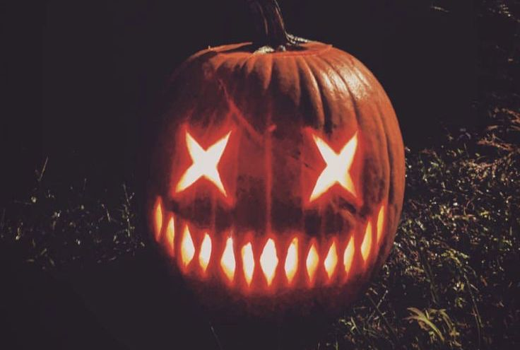 Creative pumpkin carving ideas for Halloween decorations